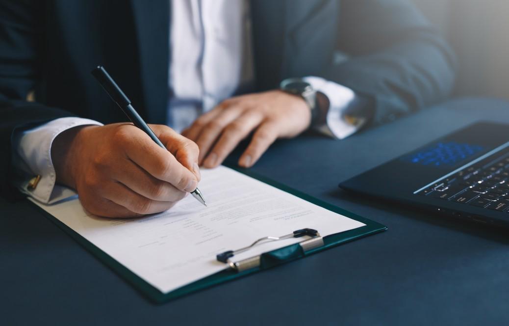 As vantagens de fazer o contrato social da sua empresa com um profissional da área.